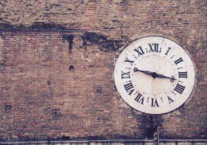 clock in brick 5:31:15